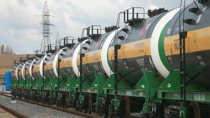 Узбекистан начинает переговоры с Казахстаном по импорту бензина