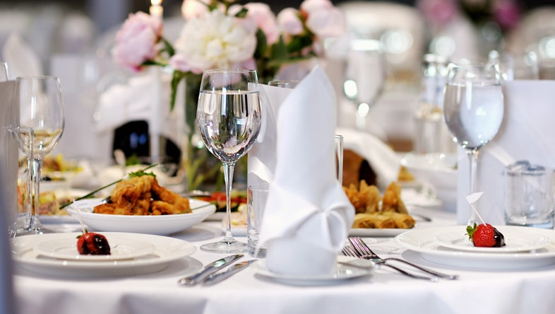 За I квартал гостиницы и рестораны оказали услуги на 3,5 млрд сомов