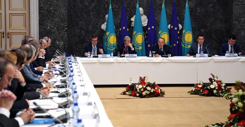 Назарбаев призвал представителей европейских деловых кругов инвестировать в Казахстан