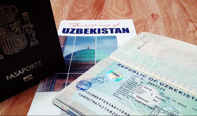 Иностранцам разрешили оформлять многократные визы в Узбекистан на 3 года