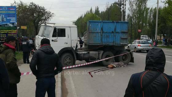 На РФ беспилотный «КАМАЗ» разрушил цех, вкотором его собрали
