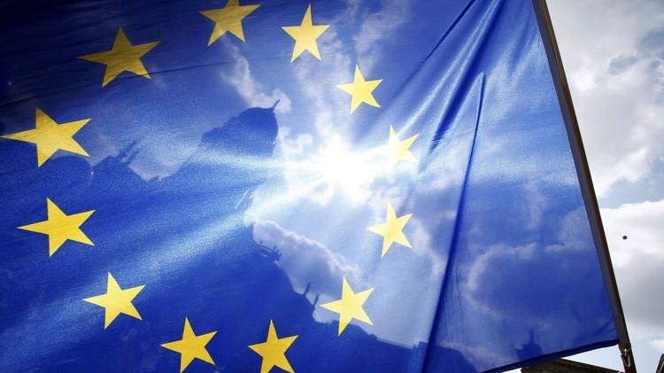 ЕС может ввести дополнительные пошлины на товары из США с начала июля