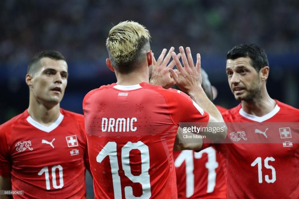 Сборная Швейцарии по футболу.jpg
