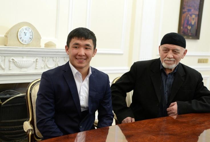 Сооронбай Жээнбеков и Жоламан Шаршенбеков2