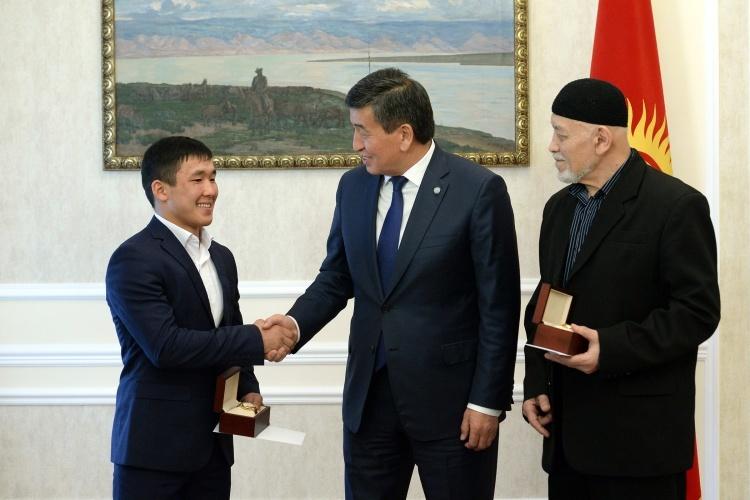 Сооронбай Жээнбеков и Жоламан Шаршенбеков5